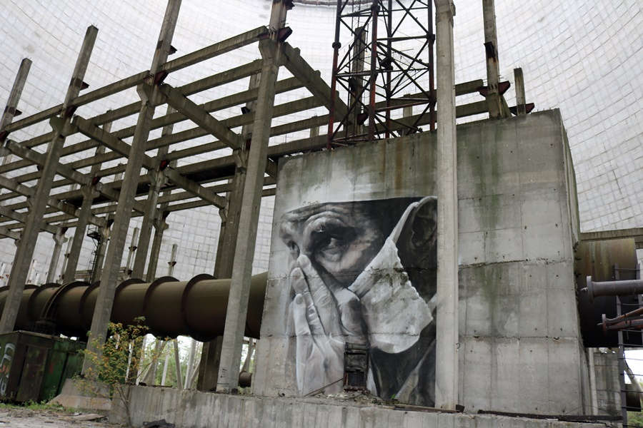Guido van Helten – Grand Artwork from Iceland to Australia to the Nuclear Wasteland of Chernobyl!