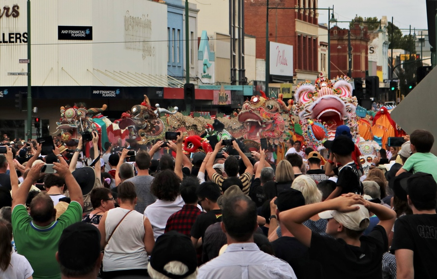 A Historic Meeting of Golden Dragons at the Bendigo Easter Parade 2019
